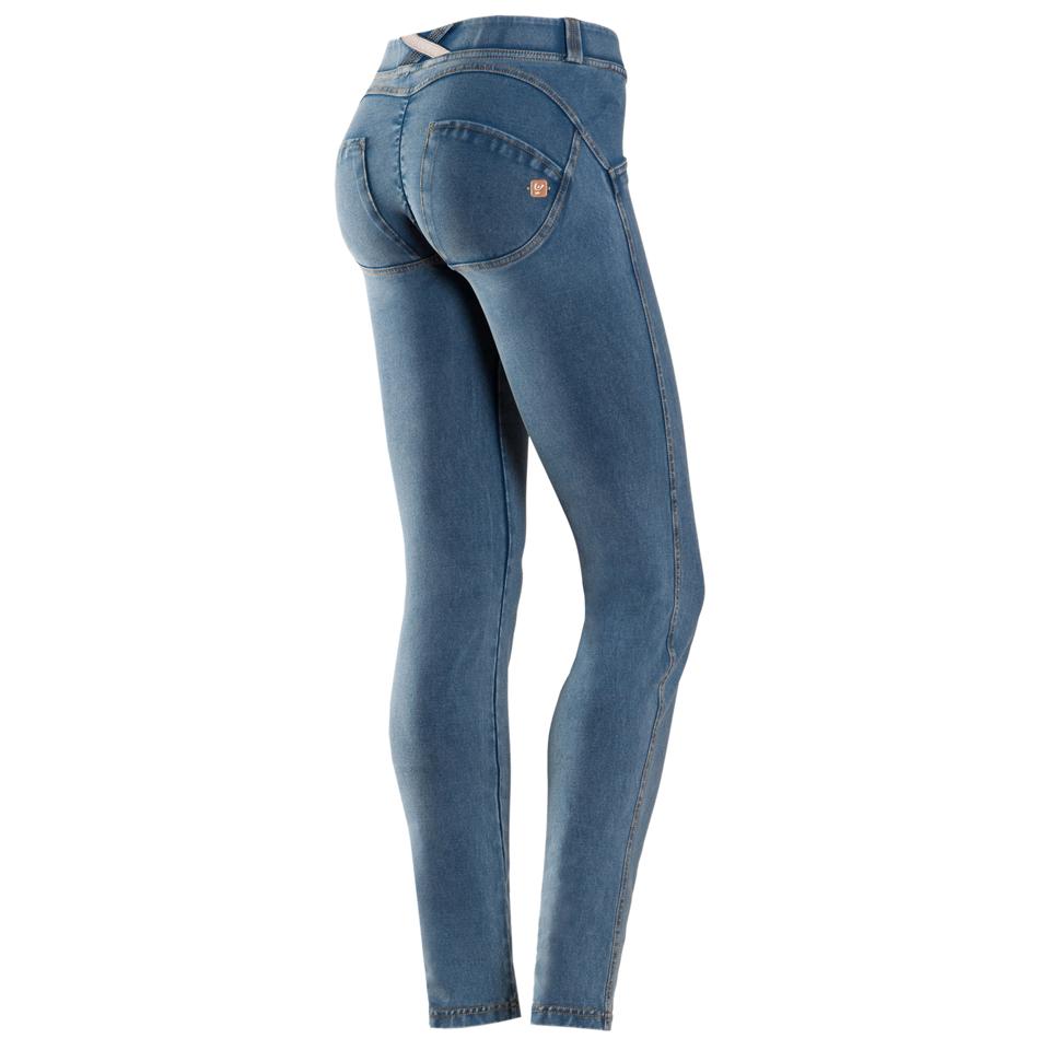 snygg rumpa i jeans